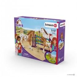 Set ALLENAMENTO CONCORSO IPPICO cavalli SCHLEICH kit gioco HORSE CLUB 42433 miniature in resina LISA età 5+