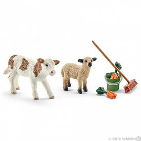 KIT CURA DELLA STALLA CON VITELLO E PECORA set da gioco FARM LIFE Schleich 41422 ANIMALI miniature in resina