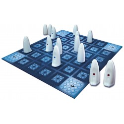 GHOSTS good and bad OLIPHANTE ONE on ONE Board game of bluff and strategy 8 +
