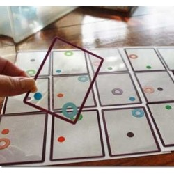 SWISH originale gioco di carte trasparenti di logica e intuizione