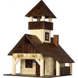RIFUGIO ESCURSIONISTICO in legno WALACHIA modello da costruire COSTRUZIONI età 8+