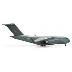 RAF BOEING C-17A GLOBEMASTER III - 520782 HERPA WINGS 1:500
