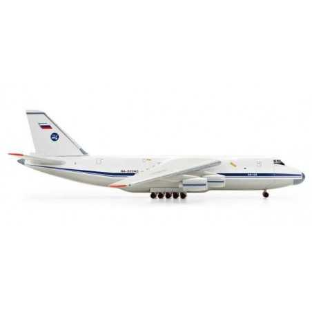 224TH FLIGHT UNIT ANTONOV AN-124 - 518413 HERPA WINGS 1:500