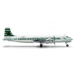 TAI DOUGLAS DC-6B aereo in metallo 554015 modellino HERPA WINGS scala 1:200 plane TRANSPORTS AERIENS INTERCONTINENTAUX