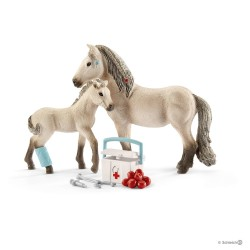 KIT PRONTO SOCCORSO cavalli SCHLEICH set gioco HORSE CLUB 42433 miniature in resina HANNAH età 5+