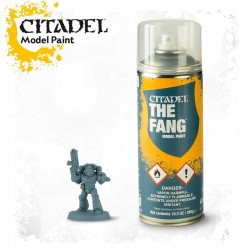 THE FANG SPRAY blu Citadel model paint base per miniature Games Workshop
