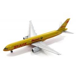 DHL AIR BOEING 757-200F...
